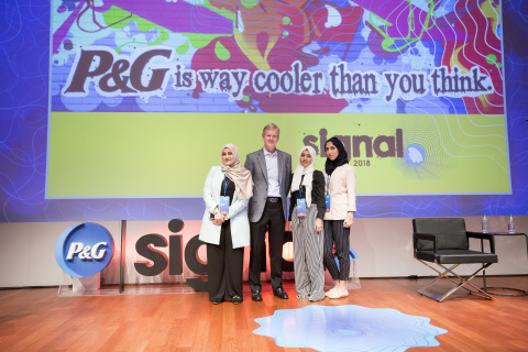 The 2018 Global CEO Challenge winners, Linah Hussain, Malak Mously and Rawan Baik, met P&G CEO David Taylor and attended the company's annual SIGNAL Accelerator Summit. (Photo: Business Wire)
