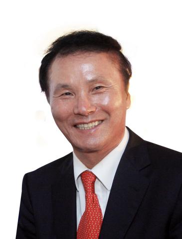 """北京赛车图片:GOLFZON NEWDIN集团总裁Kim,Young Chan入选Golf Inc.""""亚洲高尔夫最具影响力人物""""第五位"""