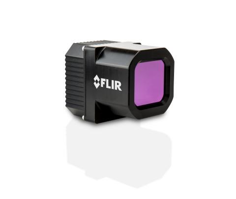 FLIR的第二代全天候熱成像汽車開發套件(ADK)不僅能強化其他自動駕駛車輛上的感測器,而且提供增強安全性所需的冗餘度。(照片:美國商業資訊)